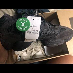 fd636c6d406b2 adidas Shoes - Yeezy 500 size 9